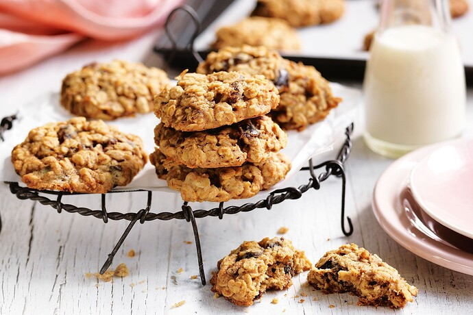 Date and Oat Cookies