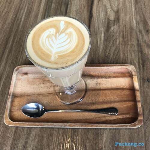 souffle-dessert-cafe-puchong-jaya-latte