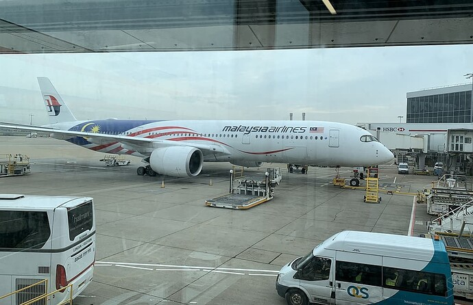200812-malaysia-airlines-a350-london