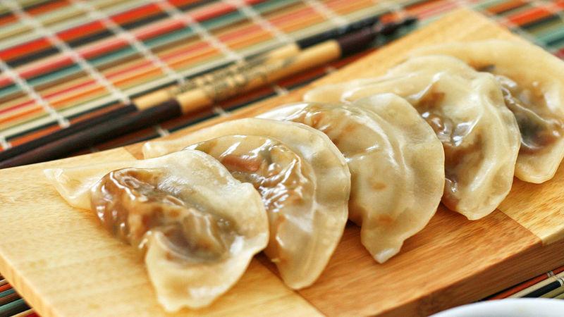 CHAI KUIH (STEAMED VEGETABLE DUMPLINGS